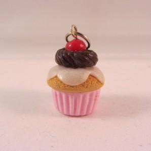 Vanille cupcake cherry