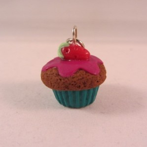 choco-strawberry cupcake fuchsia