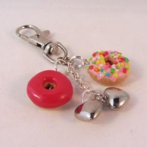 Donuts cherry 'n sprinkle